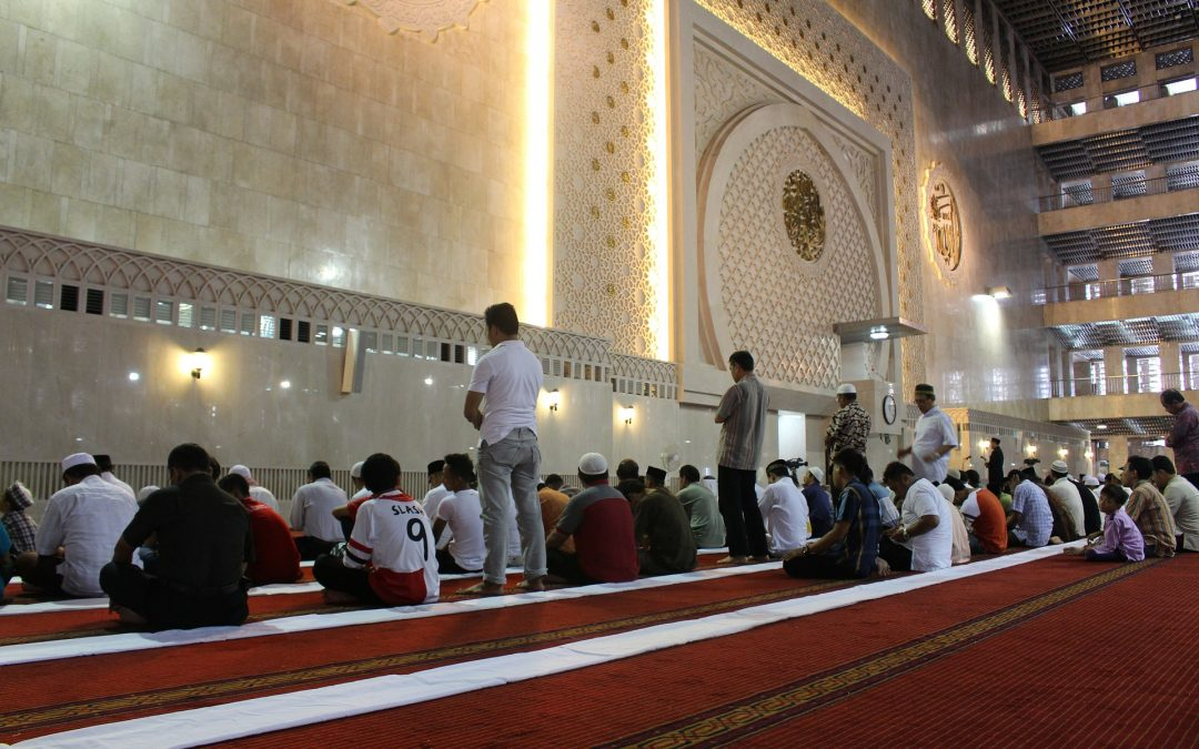 Missing jumu`ah without excuse